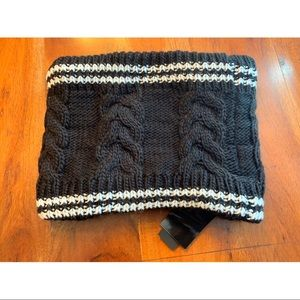 Steve Madden knit and plush lined cowl